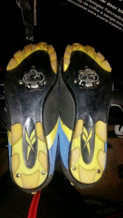 Adidasi Reebok bicicleta marimea 38,5