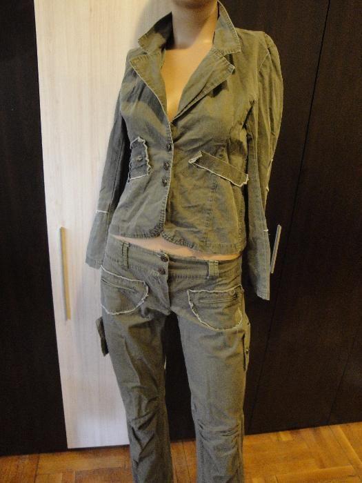 Зелен дамски костюм – панталон / панталони + дамско сако, блейзър, яке