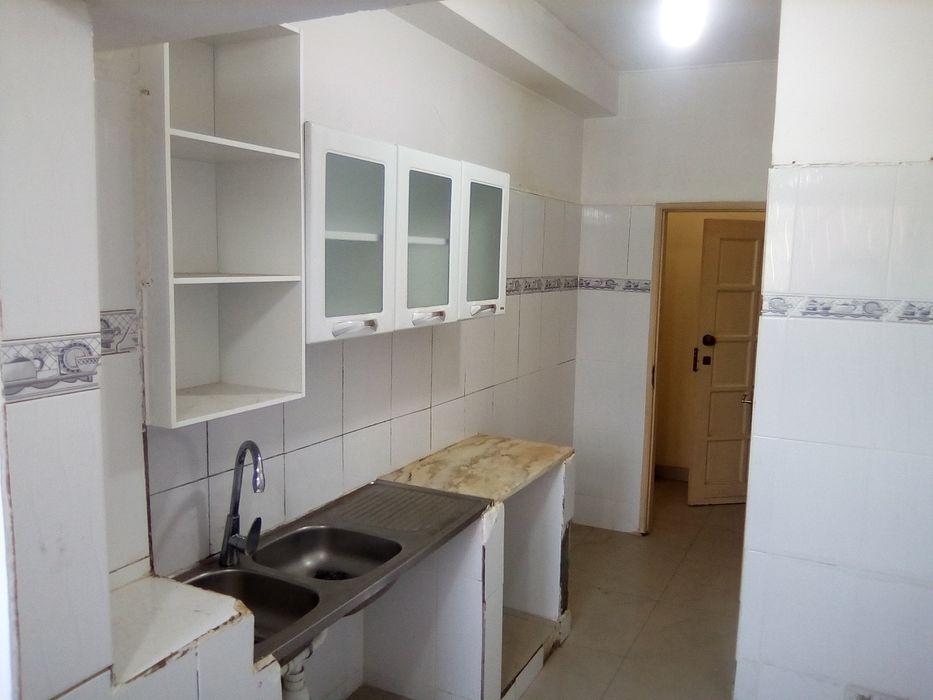 Vende-se Este Apartamento T3, na Maianga.