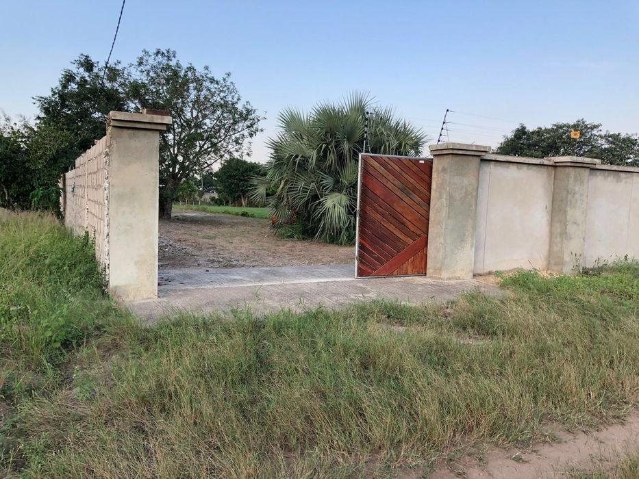Vende-se propriedade Traspassa-se 4 hectares bem frente a Praia Duat Bilene Macia - imagem 4