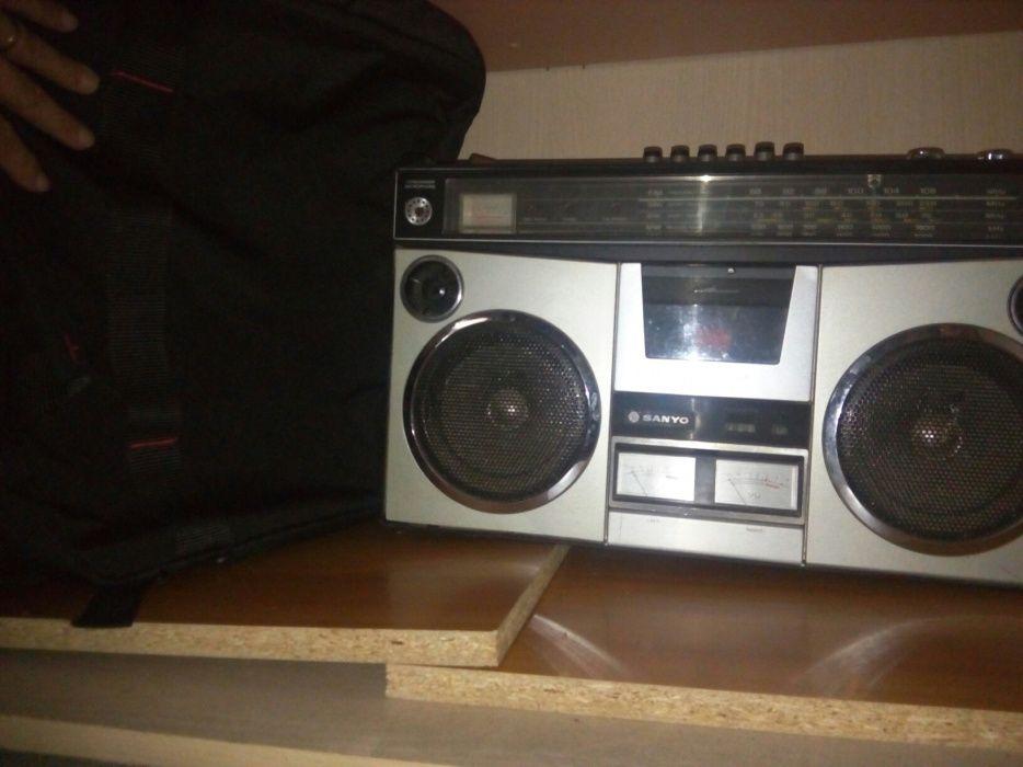 Radiocasetofon sanyo vintage M 4500k