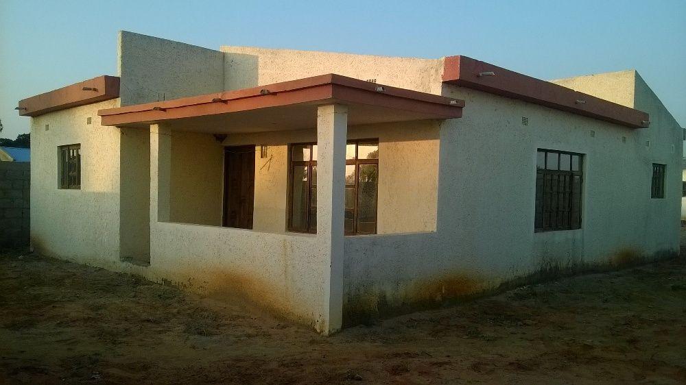 Imperdivel casa tp2 naberma da estrada Circular, B. Mutanhana, Maputo