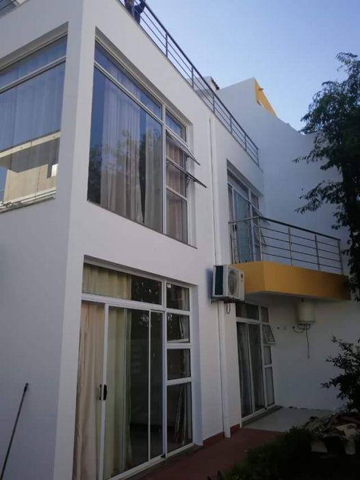 Moradia T5 No CondomÍnio Diplomatic Village