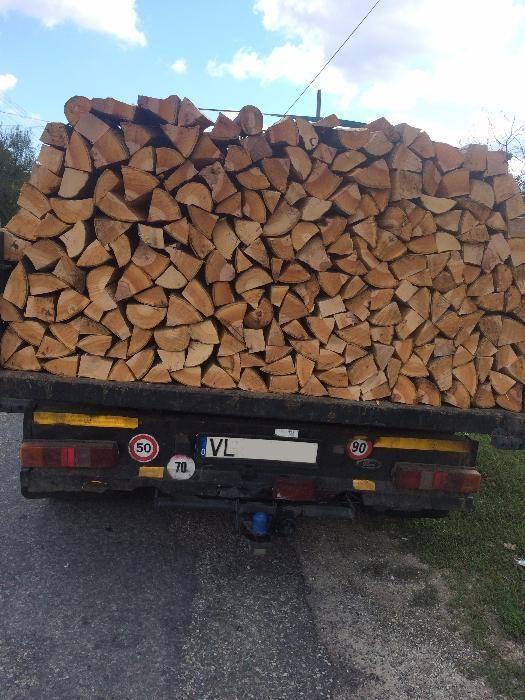 Vand lemne foc