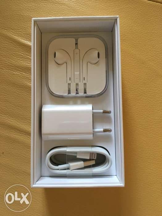 Cablu,casti si încărcător original Apple pt iphone 5,5s,6,6s,7,8,X