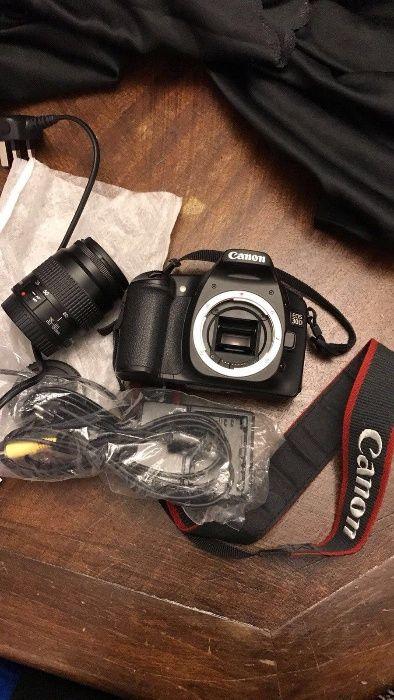 Canon EOS 30D + Obiectiv 35-80mm.