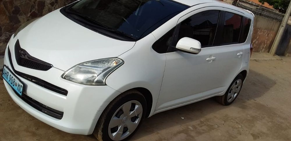 Toyota Ractis recem importado