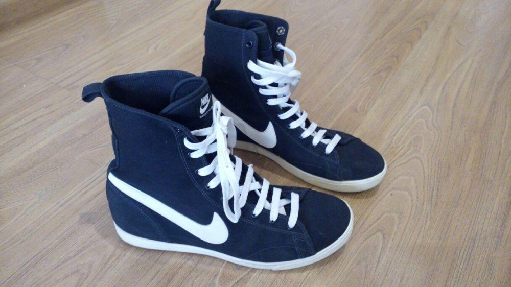 Страхотни кецове Nike