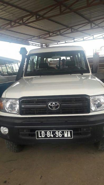 Toyota land Cruise chefe maquina de 3 portas