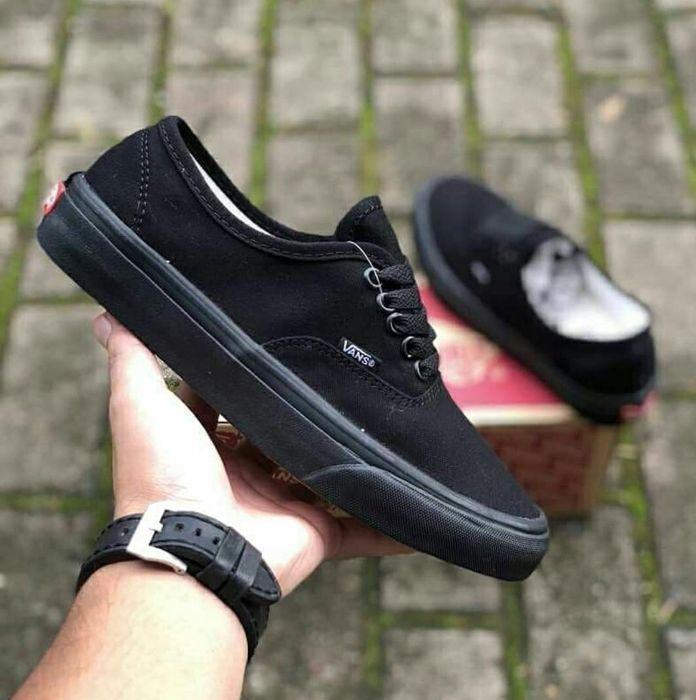 Vans full black