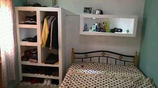 Guarda roupa em Pladur ( tectos, estantes, canto bar, etc)