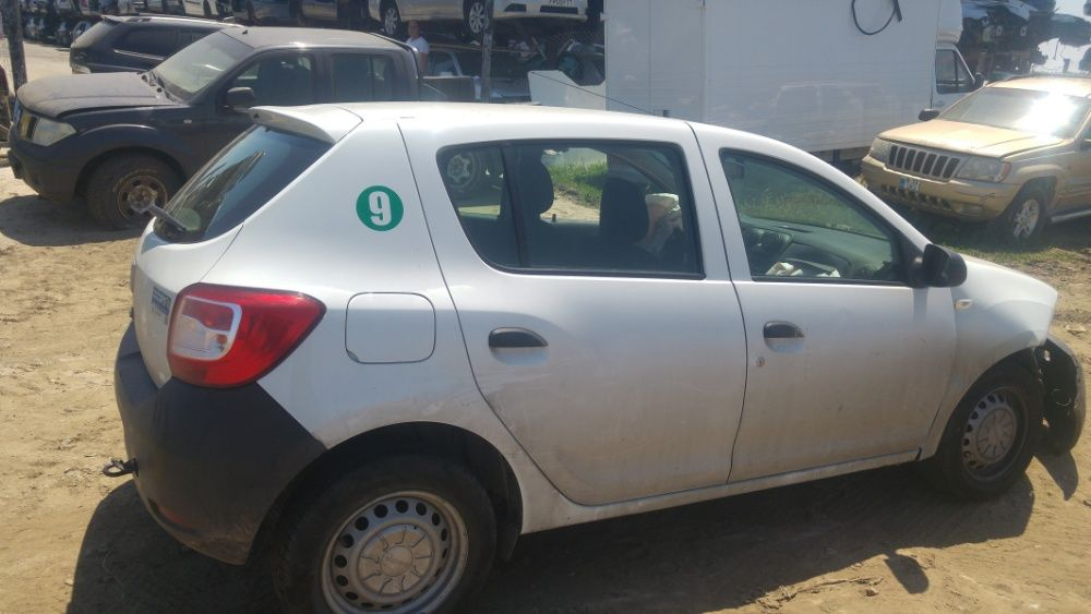 Dezmembrari Dacia Sandero 2015 1.2 benzina tip D4F-F7 TotalDez