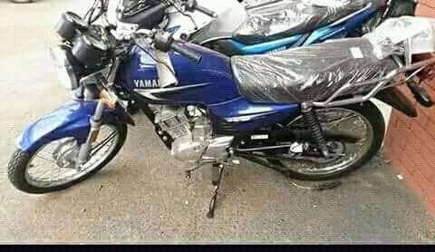 Moto Yamaha Yb