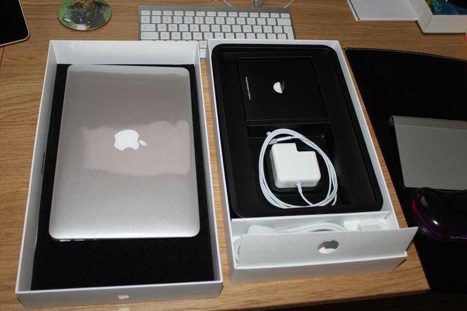 """MacBook Air 13"""" (2017 Model) intel Core i5 8GB 128GB selados"""