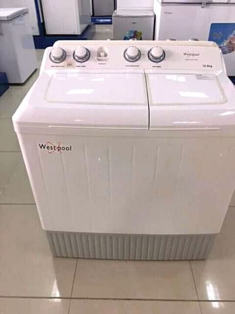 Maquina de lavar disponivel