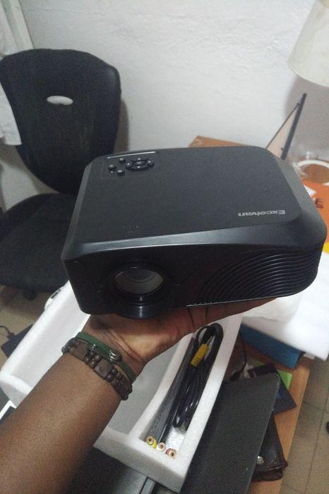 Projectora de 120 Polegada HD LED a Venda