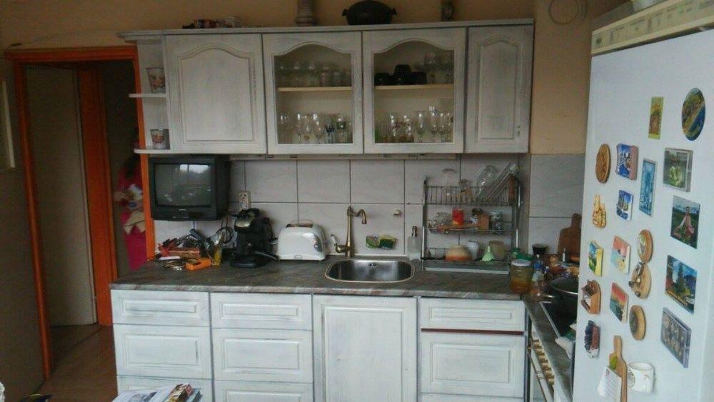 Кухни,спални,секции,мебели по поръчка от чам бук дъб череша ясен пдч м