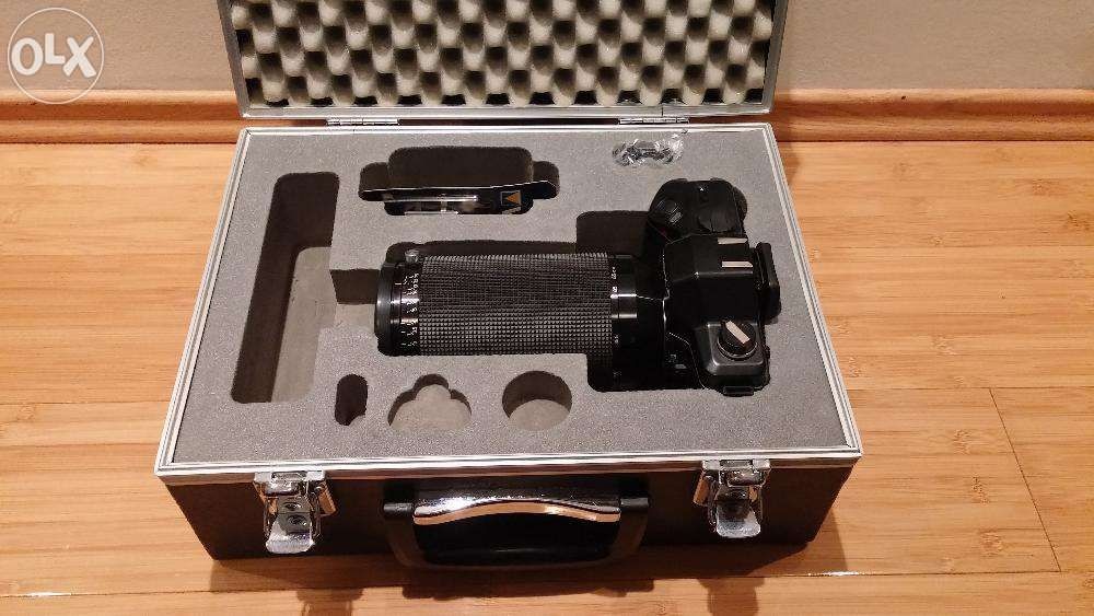 Yashica Dental-Eye II Camera SLR 135mm + Ob 100mm 1:4 NOU pret 999 ron