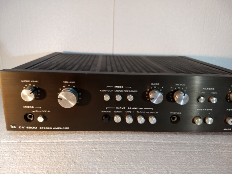Amplificator statie Dual CV 1200