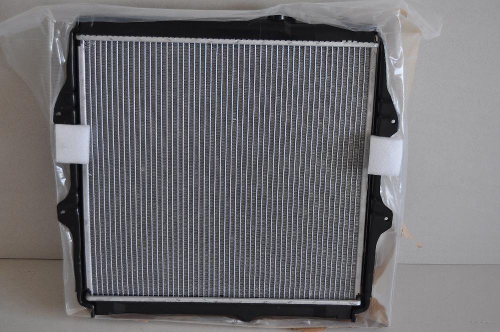 Radiator toyota hilux 2001-2005 - motorizare 2.5