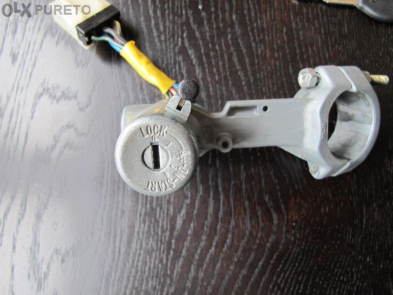 Конзола за запалване с ключалка и клеморед след 1992 Nisan