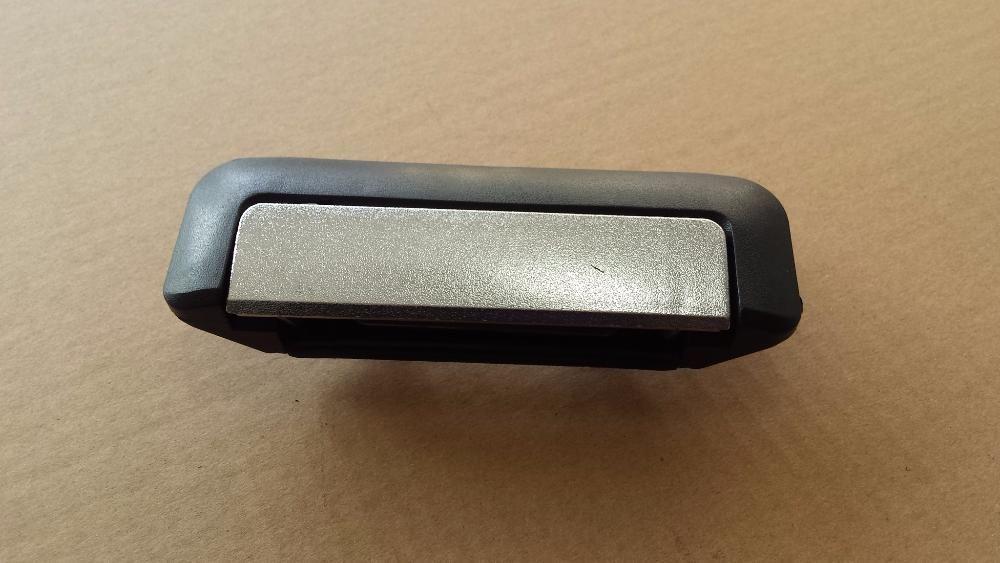 Дръжка за Mitsubishi L200 заден капак НОВА