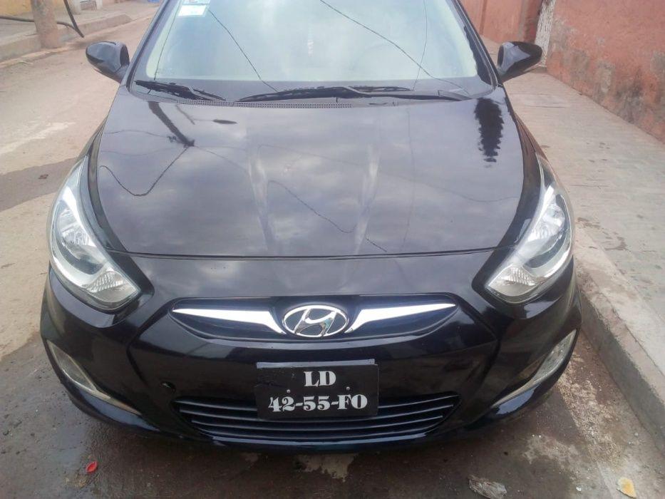 A venda Hyundai Accent modelo 2014