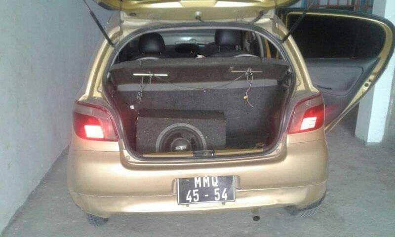 Toyota vitz bem conservado Alto-Maé - imagem 2