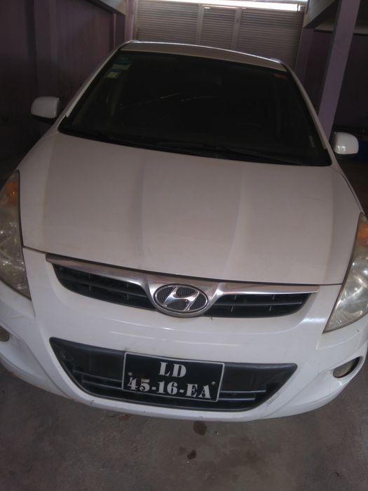 Hyundai I20 limpo