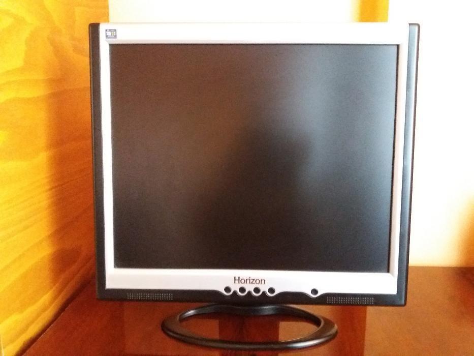 Vand Monitor LCD HORIZON 19'' inci