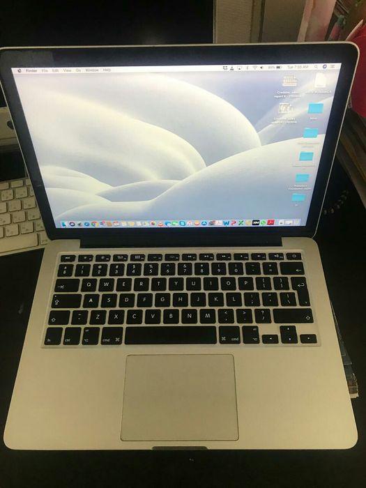 """Macbook Pro Retina 13"""" processador 2.5GHz Intel core I5 Memória RAM 4G"""