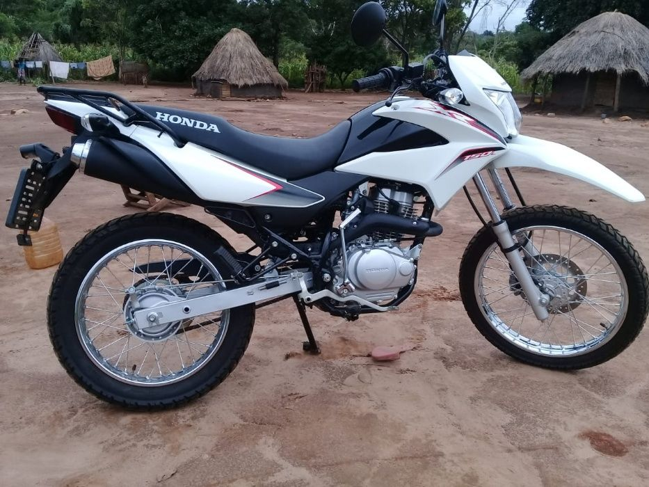 Motorizada sul Africana a venda no Dombe, a preço compatível ao bolso