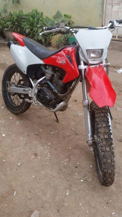 Vendo a Moto CRF