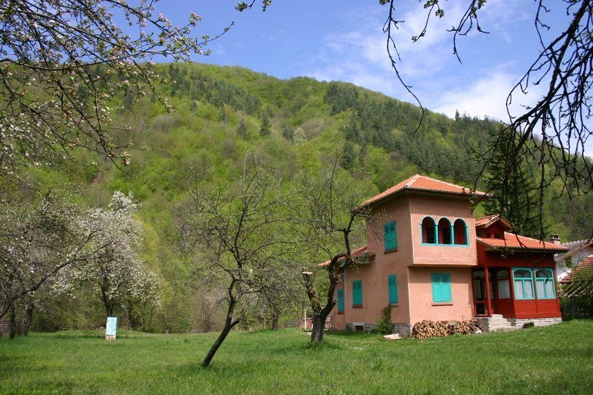 Семейна къща в Рибарица