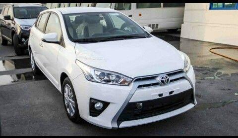 Toyota yaris 0km