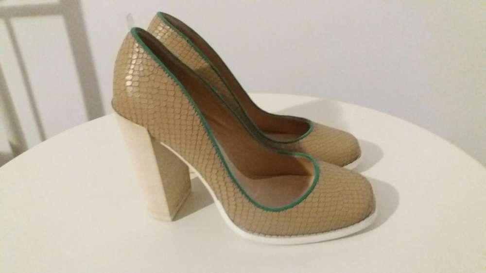 Pantofi Epica