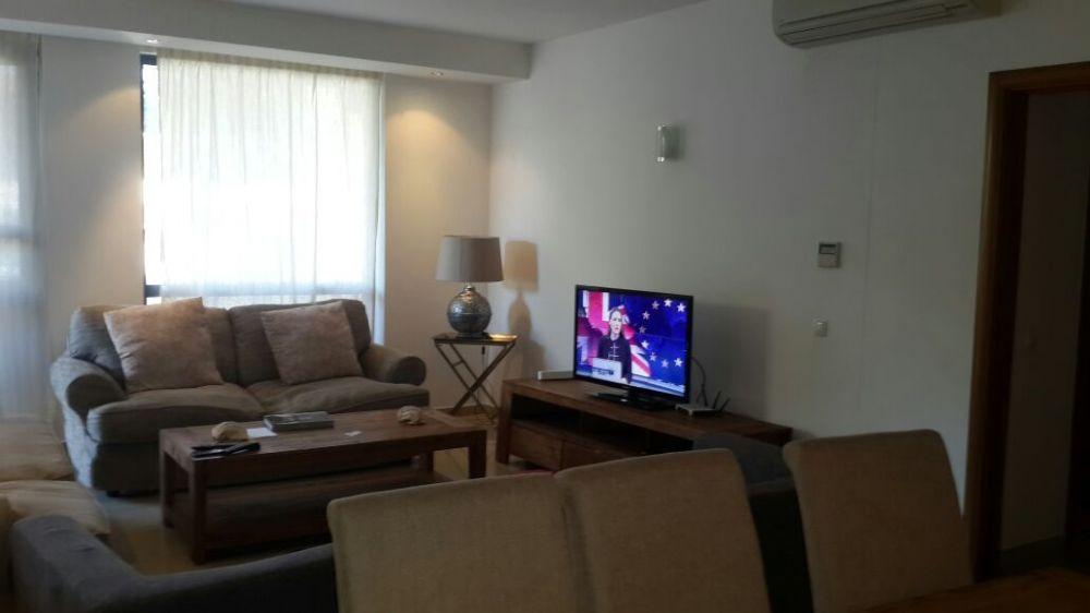 Arrenda se apartamento tipo3 na polana,condominio vila italia