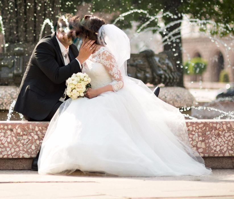 Булчинска сватбена рокля от Палома фешън намалена от 799 на 399лв