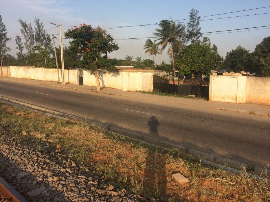 Mahotas 50x100.Vedado Maputo - imagem 7