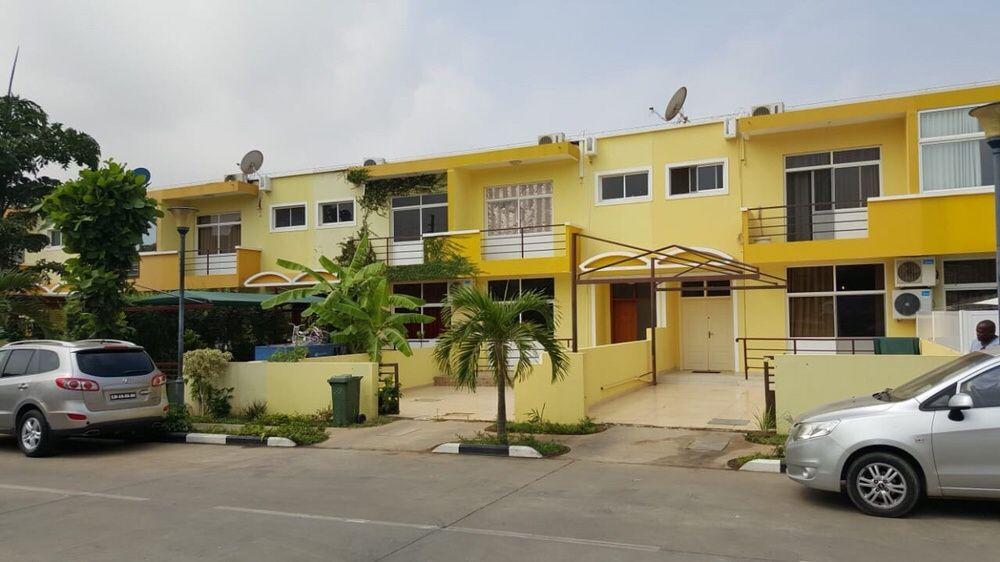Vivenda T3 Condomínio Residencial Cuchi de Talatona