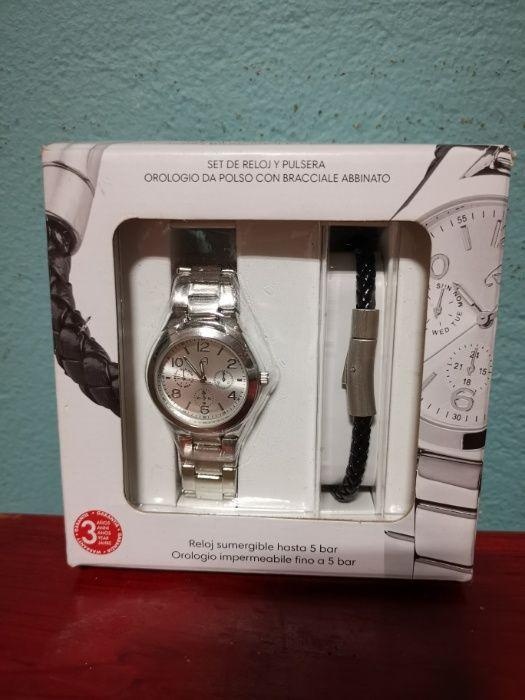 8b5d2beee74 Relógios e pulseiras