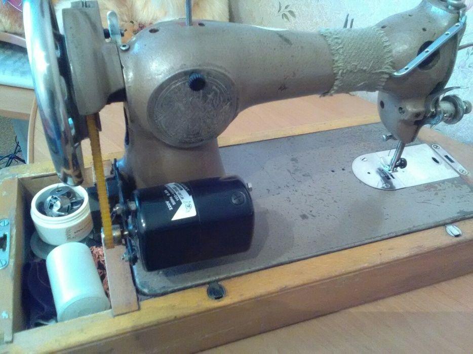 Машинка швейная, подольская