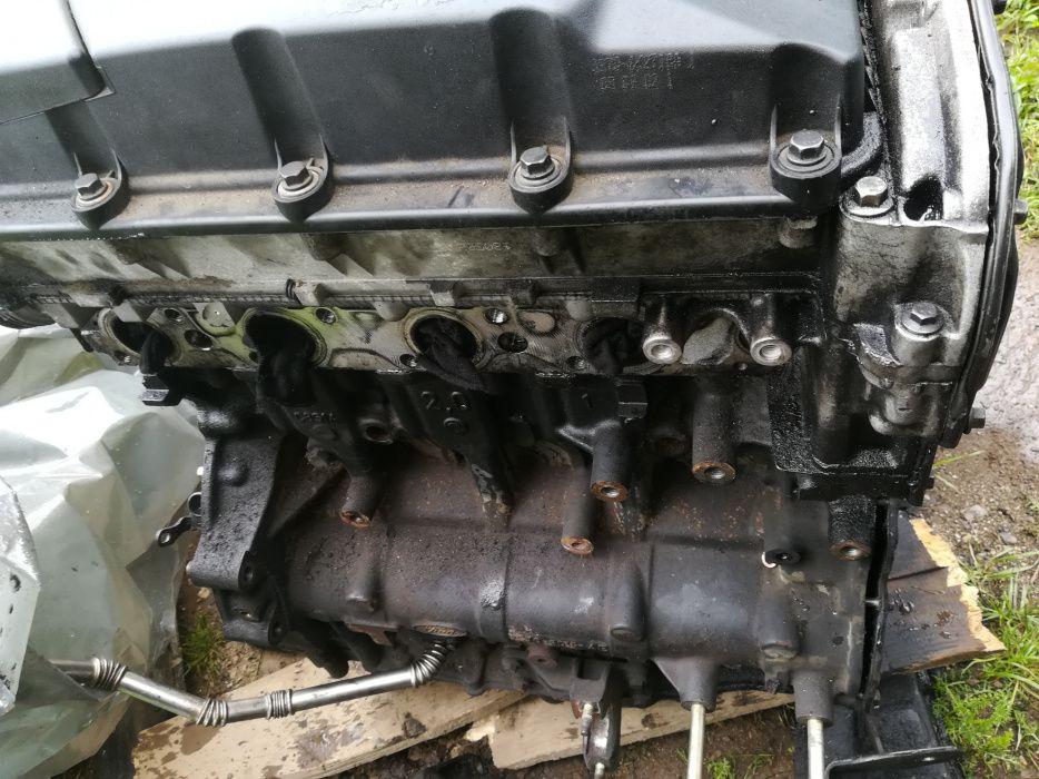 Motor Ford Mondeo Mk3. 2.0 l diesel an 2002