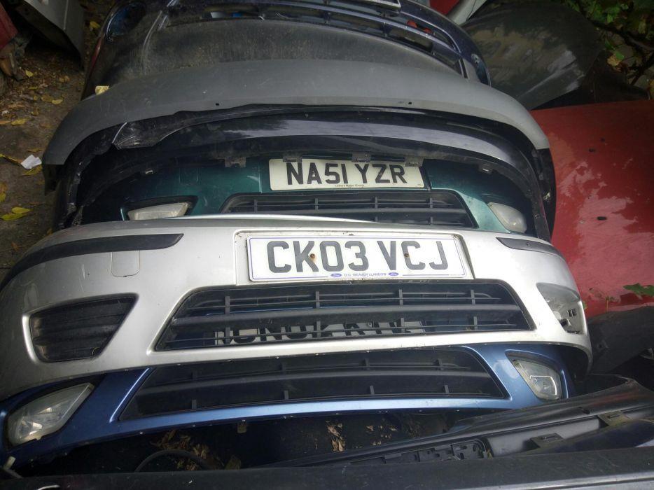 Bara fata Ford Focus 1,gri argintiu,an 2001/2004
