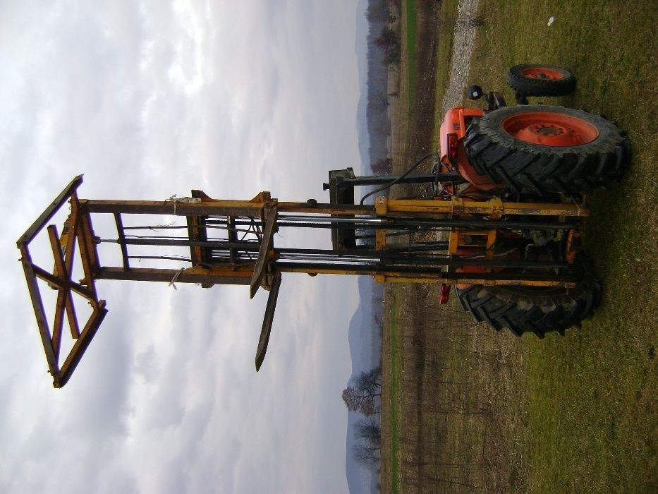 Incarcator pt tractor