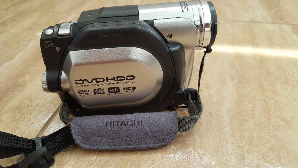 vand camera video Hitachi, pret 450 lei