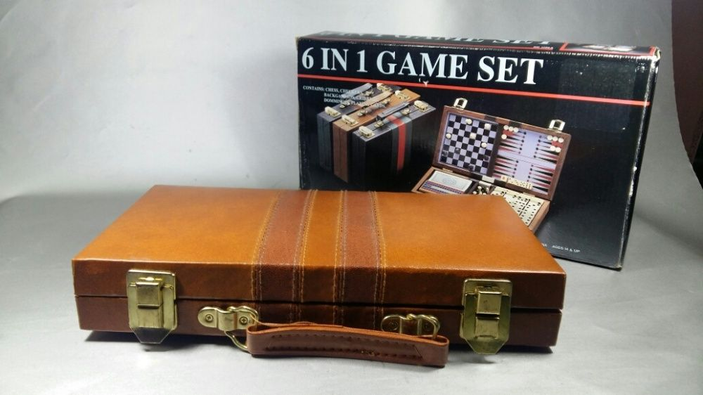 Set table , sah, domino, carti, scrable magnetic cu diplomat