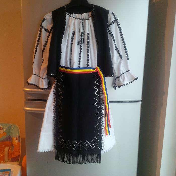 Costum popular fete 5-6 ani