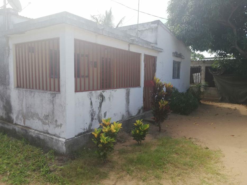 Moradia bairro singathela 3 quartos 1 sala ampla 1 cozinha 1 casa