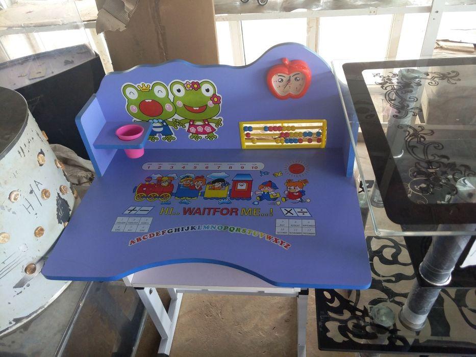 Mesa para crianca jogo